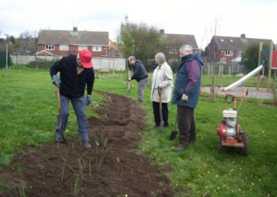 Volunteers attending to the gardens 16 December 2011 3