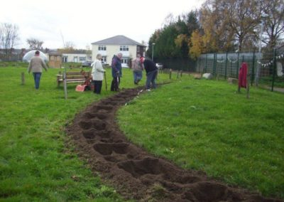 Volunteers attending to the gardens 16 December 2011 5