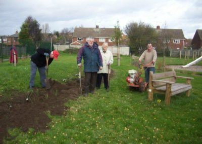 Volunteers attending to the gardens 16 December 2011 6